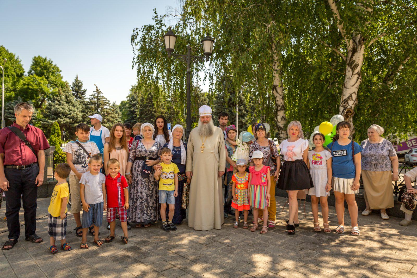 Праздник детства для подопечных семей  Сестричества Войскового собора